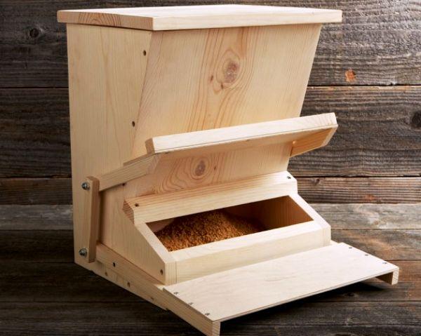 feeder buncăr pentru păsări