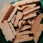 grinzi de lemn și șine