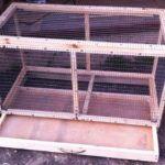 Cage cu tavă glisantă
