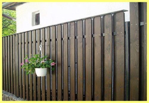 Prekrasna drvena ograda dati fotografija