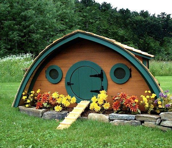 Casa hobbit pentru puii ședere