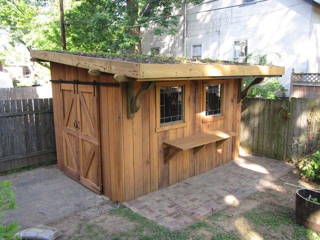clădire mică pentru puii de găină