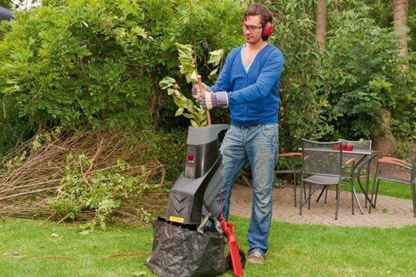 Vrt shredder za travu i ogranke kupiti
