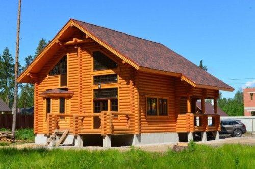 Construcție de case din bușteni în regiunea St.Petersburg și Leningrad