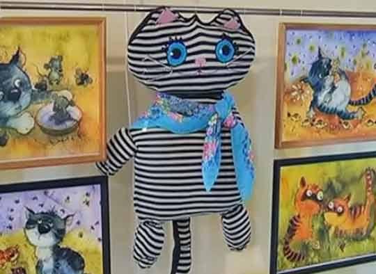Fotografii din expoziție de pisici