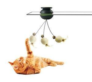 Играчка за котки